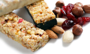 17 Healthy Snacks for Your Hospital Bag (for Labor and Recovery)